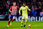 Rafael Alcantara of FC Barcelona (R) in action against Saul Niguez of Atletico de Madrid (L) during the La Liga 2018-19 match between Atletico Madrid and FC Barcelona at Wanda Metropolitano on November 24 2018 in Madrid, Spain. Photo by Diego Souto / Power Sport Images