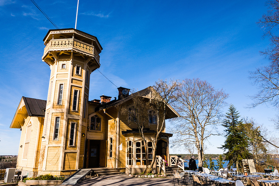 Sweden, Stockholm, Bredäng. Villa Lyran with a view over Lake Mälaren.