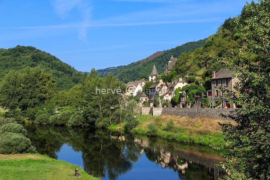 France, Cantal (15), Vieillevie, le long du Lot // France, Cantal, Vieillevie, along the Lot river