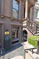 Entrance to 14 East 63rd Street
