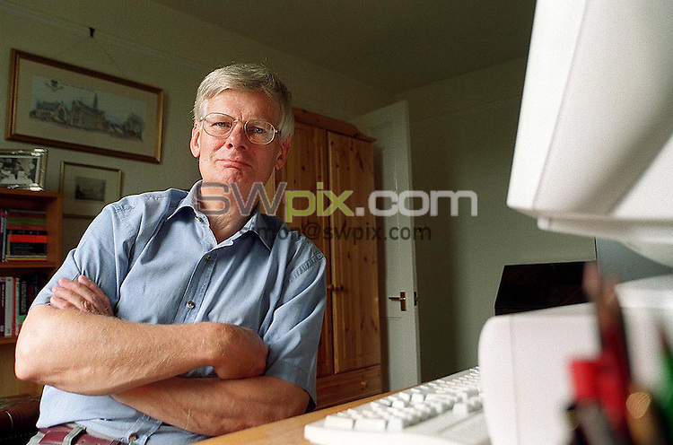 Pix: Simon Wilkinson/SWpix.com. Author Doctor Richard Woodhead . 6/07/2001...COPYWRIGHT PICTURE>>SIMON WILKINSON>>01943 436649>>..Author Doctor Richard Woodhead pictured at his home in Shipley.