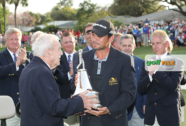 Jason Day (AUS ) Champion  and Arnold Palmer , in The Final Round of the Arnold Palmer Invitational, Bay Hill Club and Lodge, Orlando,  Florida, USA. 20/03/2016.<br /> Picture: Golffile | Mark Davison<br /> <br /> <br /> All photo usage must carry mandatory copyright credit (&copy; Golffile | Mark Davison)
