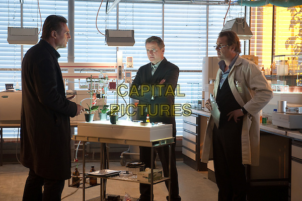 LIAM NEESON, AIDAN QUINN & SEBASTIAN KOCH.in Unknown.*Filmstill - Editorial Use Only*.CAP/FB.Supplied by Capital Pictures.