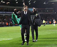 Fu?ball, FC Chelsea vorzeitig englischer Meister Antonio Conte Chelsea manager celebrates at the end of the Premier League match between WBA and Chelsea played at The Hawthorns Stadium, Birmingham on 12th May 2017 Football - Premier League 2016/17 West Bromwich Albion v Chelsea Hawthorns, The, Birmingham Rd, West Bromwich, United Kingdom 12 May 2017 <br /> Il Chelsea allenato da Antonio Conte vince la Premier League <br /> Foto Bpi/Imago/Insidefoto <br /> ITALY ONLY