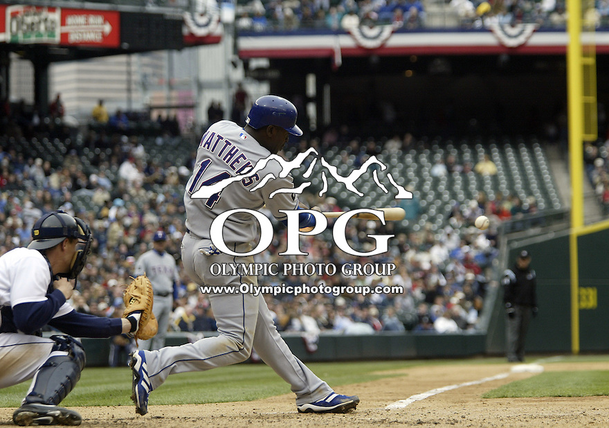 10 April 2005:  Texas Rangers center fielder Gary Matthews Jr. hits a line drive against the Seattle Mariners at Safeco field in Seattle, WA.