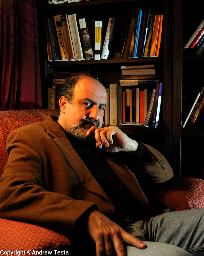 USA. LArchmont. 1st February 2008..Nassim Nicholas Taleb at his home in Larchmont, New York..©Andrew Testa