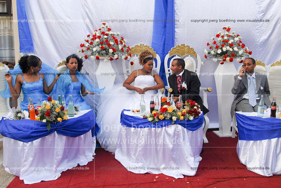 Ethiopia, Adis Ababa, catholic wedding party / AETHIOPIEN, katholische Hochzeitsfeier in Adis Abeba