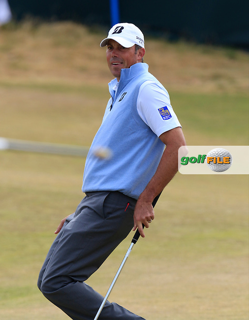 Matt Kuchar (USA) lips out on the 17th green during Thursday's Round 1 of the 2015 U.S. Open 115th National Championship held at Chambers Bay, Seattle, Washington, USA. 6/18/2015.<br /> Picture: Golffile | Eoin Clarke<br /> <br /> <br /> <br /> <br /> All photo usage must carry mandatory copyright credit (&copy; Golffile | Eoin Clarke)
