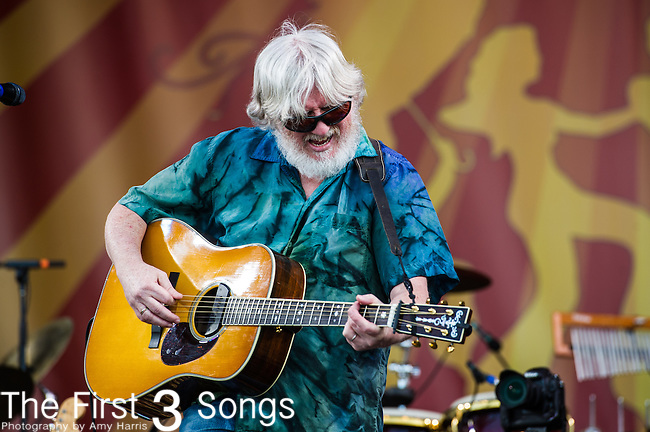 Bill Nershi of The String Cheese Incident performs during the New Orleans Jazz & Heritage Festival in New Orleans, LA.