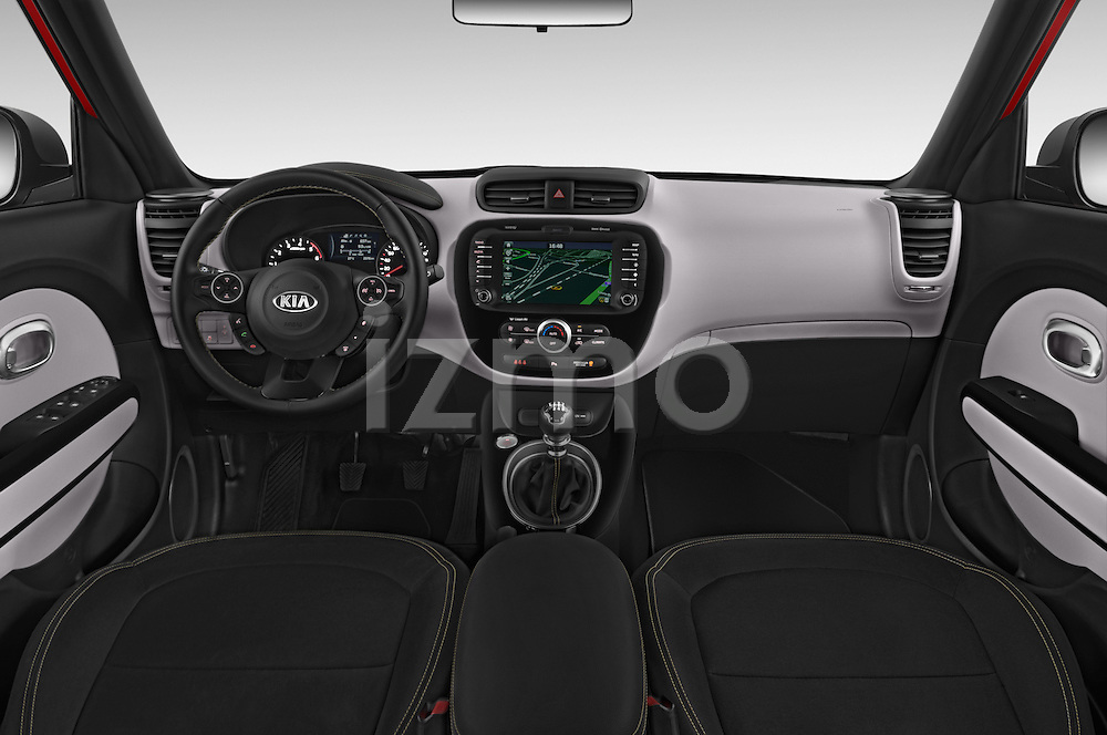 Stock photo of straight dashboard view of 2015 KIA Soul Max 5 Door Hatchback