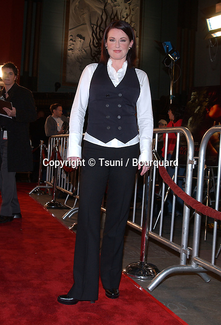 Megan Mullally arriving at the premiere of Monster's Ball at the Chinese Theatre in Los Angeles. November 11, 2001   MullallyMegan01C.JPG