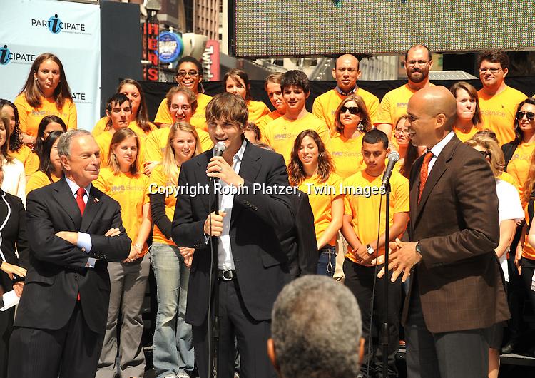 Mayor Michael Bloomberg, Ashton Kutcher and Mayor Corey Booker
