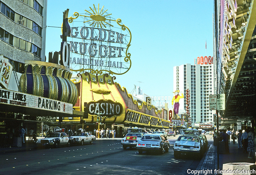 Las Vegas: Golden Nugget, Fremont Street. Photo '79.