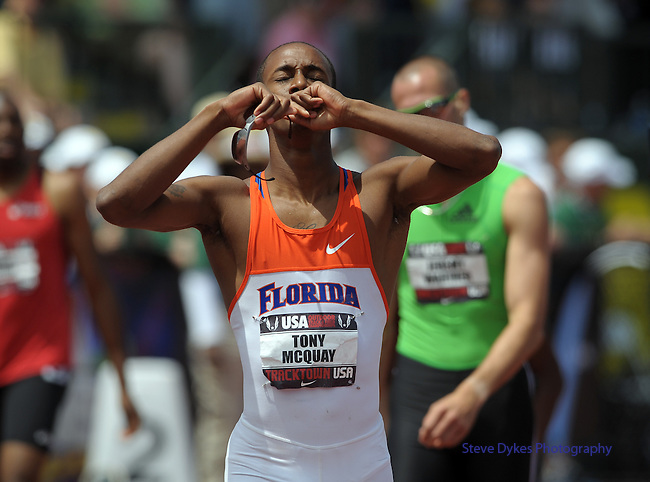 Tony McQuay reacts after winning the 400 meter dash at the U.S. Outdoor Track and Field Championships in Eugene, Oregon June 25, 2011.  REUTERS/Steve Dykes (UNITED STATES)