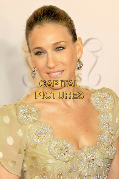 SARAH JESSICA PARKER. The Fragrance Foundation's 2006 FiFi Awards, New York, NY, USA - Arrivals.  .April 3rd, 2006.Photo: Jackson Lee/Admedia/Capital Pictures.Ref: JL/ADM.headshot portrait .www.capitalpictures.com.sales@capitalpictures.com.© Capital Pictures.