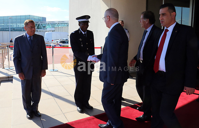 Palestinian Prime Minister Rami Hamdallah, arrives for a meeting to preside over the Joint Palestinian-French Ministerial Committee, in Paris on September 9, 2015. Photo by Prime Minister Office