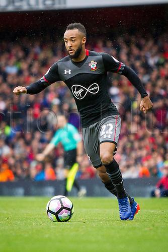 10.09.2016. The Emirates, London, England. Premier League Football. Arsenal versus Southampton. Nathan Redmond of Southampton on the ball.