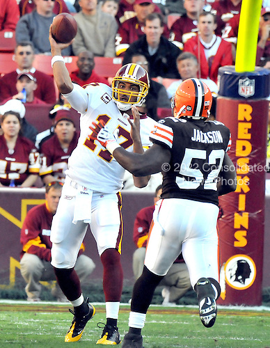 Landover, MD - October 19, 2008 -- Washington Redskins quarterback Jason Campbell (17) passes in second quarter action against  the Cleveland Browns at FedEx Field in Landover, Maryland on Sunday, October 19, 2008.  The Redskins won the game 14 - 11..Credit: Ron Sachs / CNP