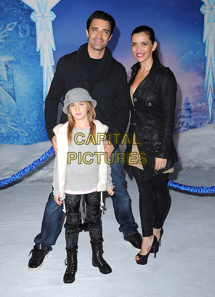 Hollywood, CA - NOVEMBER 19: Gilles Marini, Carole Marini, Juliana Marini arrives at The Disney FROZEN Premiere held at The El Capitan Theatre in Hollywood, California on November 19,2012                                                                               <br /> CAP/DVS<br /> &copy;DVS/Capital Pictures