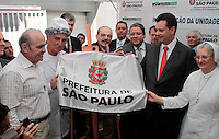"""SAO PAULO, SP, 02 FEVEREIRO 2012 - INAUGURACAO SAO PAULO CONFIA - Prefeito de Saa Paulo durante inauguracao do Banco Microcredito da Cidade de Sao Paulo """"Sao Paulo COnfia"""" em Itaquera regiao leste da capital paulista. FOTO: VANESSA CARVALHO - NEWS FREE."""