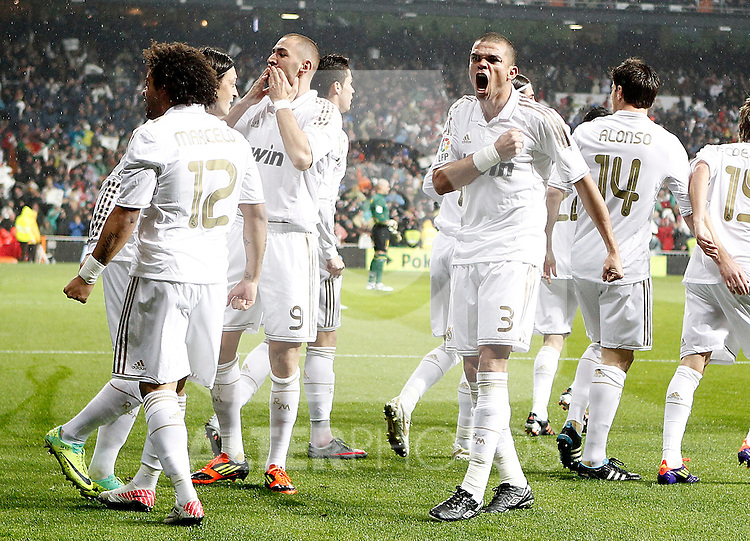 Real Madrid's Marcelo. Pepe and Karim Benzema celebrate with other players during La Liga Match. December 10, 2011. (ALTERPHOTOS/Alvaro Hernandez)