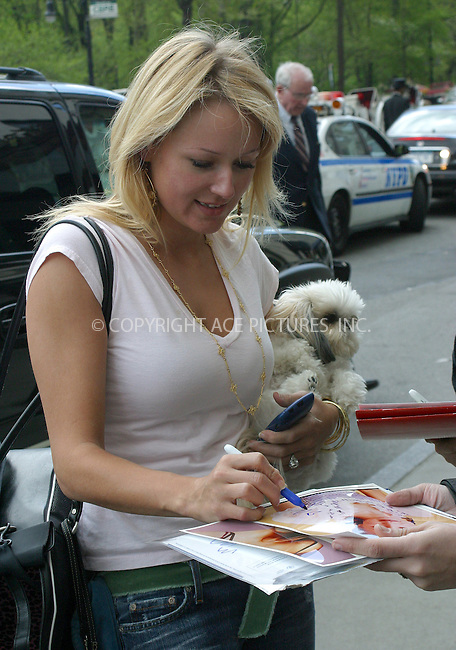 WWW.ACEPIXS.COM . . . . .  ....NEW YORK, MAY 3, 2005....Jewel takes a walk up Central Park West with two friends and a dog in a bag.....Please byline: PAUL CUNNINGHAM - ACE PICTURES.... *** ***..Ace Pictures, Inc:  ..Craig Ashby (212) 243-8787..e-mail: picturedesk@acepixs.com..web: http://www.acepixs.com