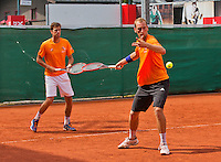Austria, Kitzbuhel, Juli 14, 2015, Tennis, Davis Cup, Training Dutch team, Thiemo de Bakker (R) and Robin Haase<br /> Photo: Tennisimages/Henk Koster