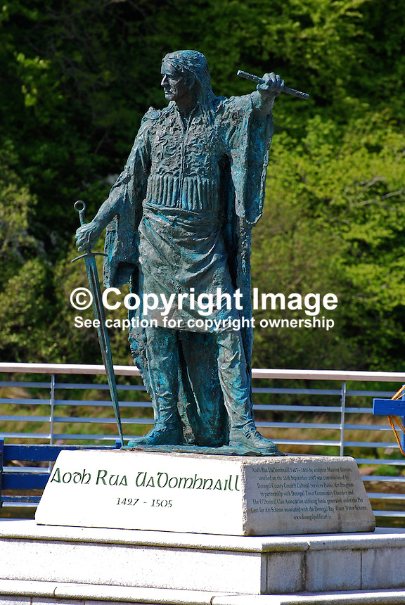 Statue, Aodh Rua UaDomhnaill, aka Red Hugh O'Donnell, 1427 - 1505, by Maurice Harron, unveiled, 13 September 2007, 200905192493. The statue is located at the quayside, Donegal Town , Ireland...Copyright Image from Victor Patterson, 54 Dorchester Park, Belfast, UK, BT9 6RJ..Tel: +44 28 9066 1296.Mob: +44 7802 353836.Voicemail +44 20 8816 7153.Skype: victorpattersonbelfast.Email: victorpatterson@mac.com.Email: victorpatterson@ireland.com (back-up)..IMPORTANT: If you wish to use this image or any other of my images please go to www.victorpatterson.com and click on the Terms & Conditions. Then contact me by email or phone with the reference number(s) of the image(s) concerned.