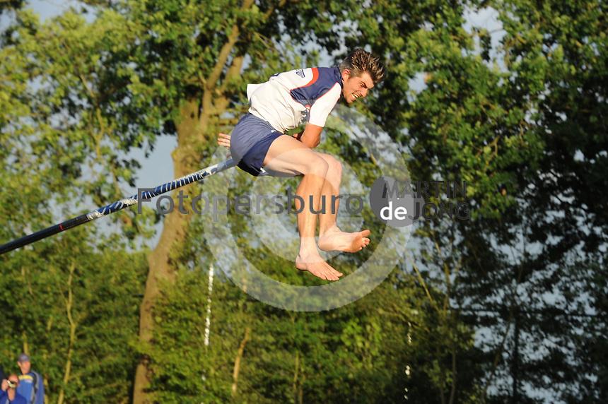 FIERJEPPEN: BUITENPOST: 12-07-2017, FLB topklasse wedstrijd, Ysbrand Galama, ©Martin de Jong