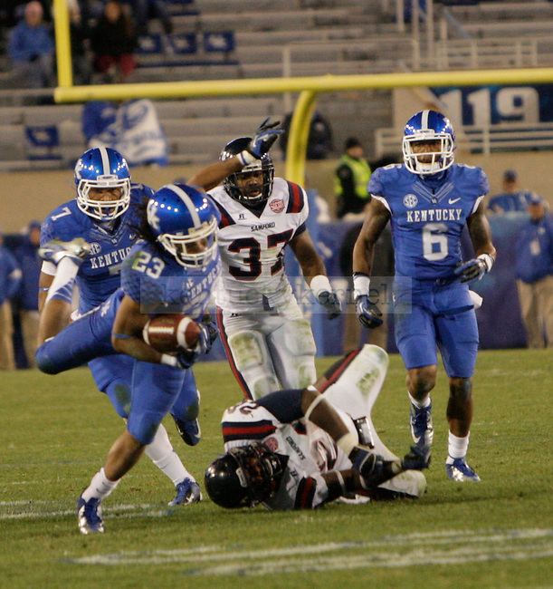 Kentucky Wildcats wide receiver Daryl Collins (23) runs the ball during the second half of the UK Football game v. Samford at Commonwealth Stadium in Lexington, Ky., on Saturday, November 17, 2012. Photo by Genevieve Adams   Staff