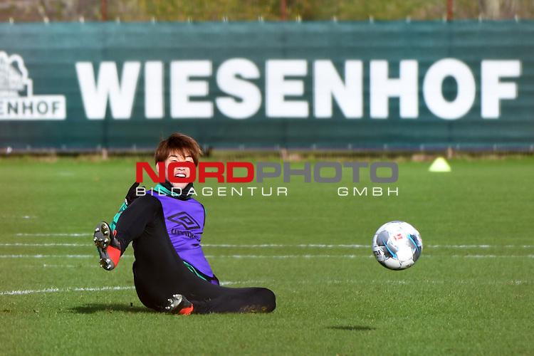 12.02.2020, wohninvest Weserstadion Trainingsplatz, Bremen, GER, Werder Bremen, Training, <br /> <br /> im Bild<br /> Yuya Osako (Werder Bremen #08)<br /> <br /> Foto © nordphoto / Paetzel