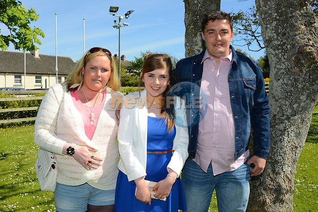 Danielle Ward wither parents Regina and Paul at her confirmation at Laytown. www.newsfile.ie