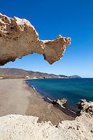 Spain, Andalusia, Costa de Almeria, Los Escullos at Parque Natural de Cabo de Gata-Níjar: Playa del Arco | Spanien, Andalusien, Costa de Almeria, Los Escullos im Naturpark Cabo de Gata-Níjar: Strand, Playa del Arco