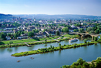 Deutschland, Rheinland-Pfalz, Moseltal, Trier an der Mosel: Stadtpanorama | Germany, Rhineland-Palatinate, Moselle Valley, Trier at river Moselle: skyline