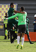 TUNJA -COLOMBIA-8-MAYO-2016.Diego Novoa y Juan Pérez de La Equidad celebran la victoria contra Boyacá Chicó durante partido por la fecha 17 de Liga Águila I 2016 jugado en el estadio La Independencia./ Diego Novoa  and Juan Perez celebrate his victory against Boyca Chico  during the match for the date 17 of the Aguila League I 2016 played at La Independencia stadium in Tunja. Photo: VizzorImage / César Melgarejo  / Contribuidor