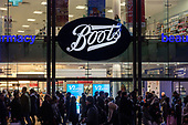 Boots store.  End of year sales, Oxford Street, London.