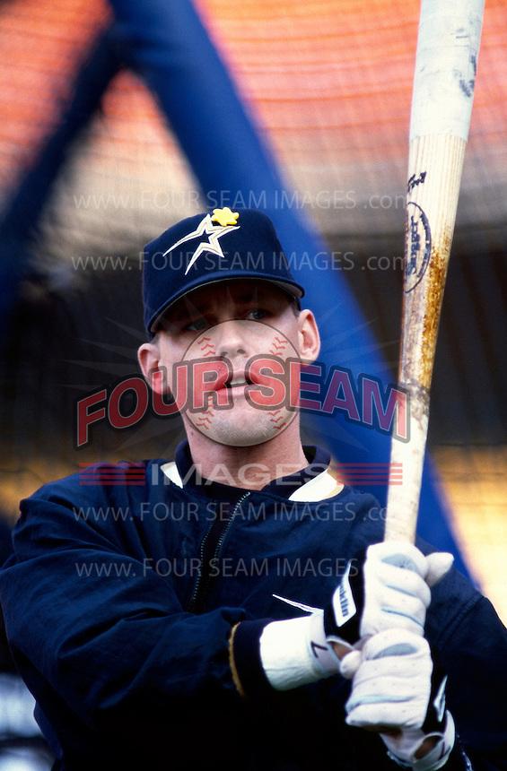 Craig Biggio of the Houston Astros participates in a Major League Baseball game at Dodger Stadium during the 1998 season in Los Angeles, California. (Larry Goren/Four Seam Images)