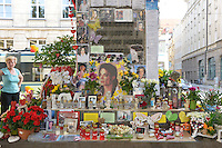 "A monument for Michael Jackson at the Promenadeplatz in front of the Hotel Bayerischen Hof in Munich. Fans have transformed the monument of Orlando di Lasso in honor of ""THe King of Pop"". Michael Jackson was a guest in March 1998 at the Bayerischer Hof. Day by day, this place is visited by his fans. Munich, Germany, 29.06.2012..Credit: Timm/face to face /MediaPunch Inc."