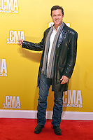 NASHVILLE, TN - NOVEMBER 1: Eric Close on the Macy's Red Carpet at the 46th Annual CMA Awards at the Bridgestone Arena in Nashville, TN on Nov. 1, 2012. © mpi99/MediaPunch Inc. ***NO GERMANY***NO AUSTRIA***