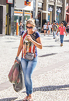 CURITIBA, PR, 07.02.2014 – CLIMA TEMPO / CURITIBA -  Na tarde dessa sexta-feira (07), termômetro do Sistema Meteorológico do Paraná(Simepar), registraram temperatura de 34,3ºC com sensação de calor de 35ºC.(FOTO: PAULO LISBOA  / BRAZIL PHOTO PRESS)