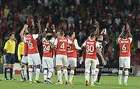 BOGOTÁ -COLOMBIA, 23-03-2016. Jugadores de Santa Fe celebran la victoria sobre Junior en partido aplazado entre Independiente Santa Fe y Atlético Junior por la fecha 4 de la Liga Aguila I 2016 jugado en el estadio Nemesio Camacho El Campin de la ciudad de Bogota.  / Players of Santa Fe celebrate the victory over Junior in postponed match between Independiente Santa Fe and Atletico Junior for date 4 of the Liga Aguila I 2016 played at the Nemesio Camacho El Campin Stadium in Bogota city. Photo: VizzorImage/ Gabriel Aponte / Staff