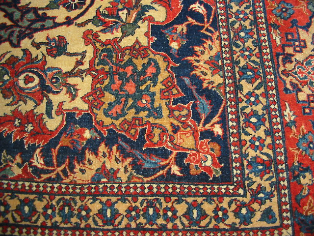 ANTIQUE ISFAHAN PERSIAN CARPET RUG WITH CAMEL COLORS