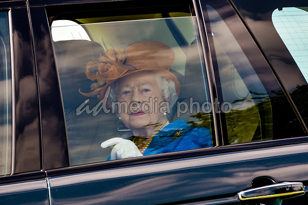 25 May 2017 - Queen Elizabeth II at Eland Lodge Equestrian centre, one of the Duchy of Lancaster Farms in Staffordshire. Photo Credit: ALPR/AdMedia
