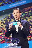 Francesco Totti hat die Ukraine gezogen - 30.11.2019: UEFA EURO2020 Auslosung, Romexpo Bukarest, DISCLAIMER: UEFA regulations prohibit any use of photographs as image sequences and/or quasi-video.