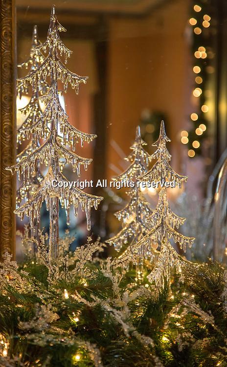 Lights make Christmas decorations look like ice.