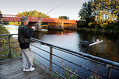 Dalmarnock Bridge fishermen - Paul Smith took the biggest catch of the evening when his line was snared by a passing sculler - (for SoS, Peter Ross at Large) - 16.9.10 - Picture by Donald MacLeod - mobile 07702 319 738 - clanmacleod@btinternet.com