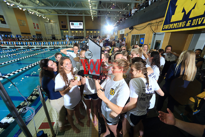 The University of Michigan women's swimming and diving team win the 2017 Women's Big Ten Championships at Purdue University. February 18, 2017.<br /> (Photo by Walt Middleton Photography 2017)