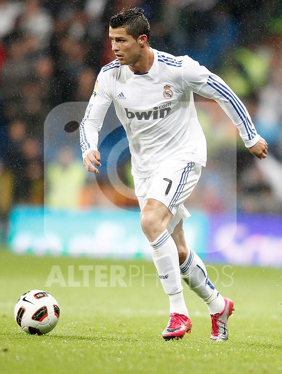 Real Madrid's Cristiano Ronaldo during La Liga match. October 03, 2010. (ALTERPHOTOS/Alvaro Hernandez)