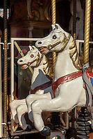 Kinderkarussel im Vergnügungspark Prater, Wien, Österreich<br /> merrz go round at amusementpark Prater, Vienna, Austria