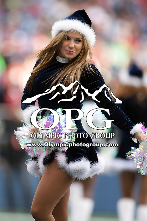 Dec 24, 2011:  Seattle Sea Gals entertained fans through out the game against San Francisco at Century Link Stadium in Seattle WA.  San Francisco defeated Seattle 19-17.